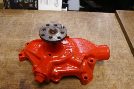 C1 C2 C3 Corvette,Water Pump,GM 3839175,Used